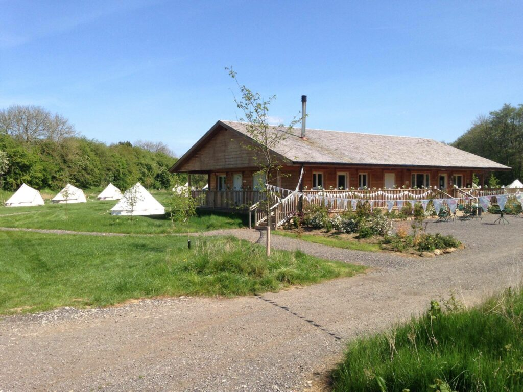camping near york - camping reception and shop