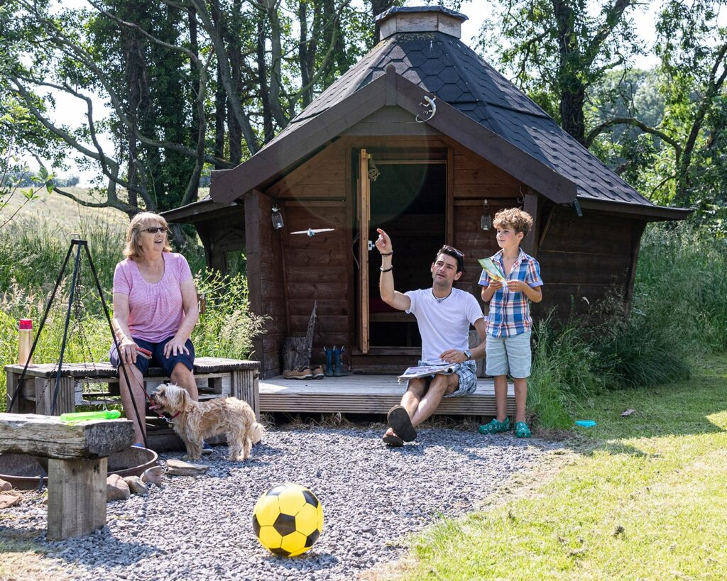 camping near york - ecopod with family