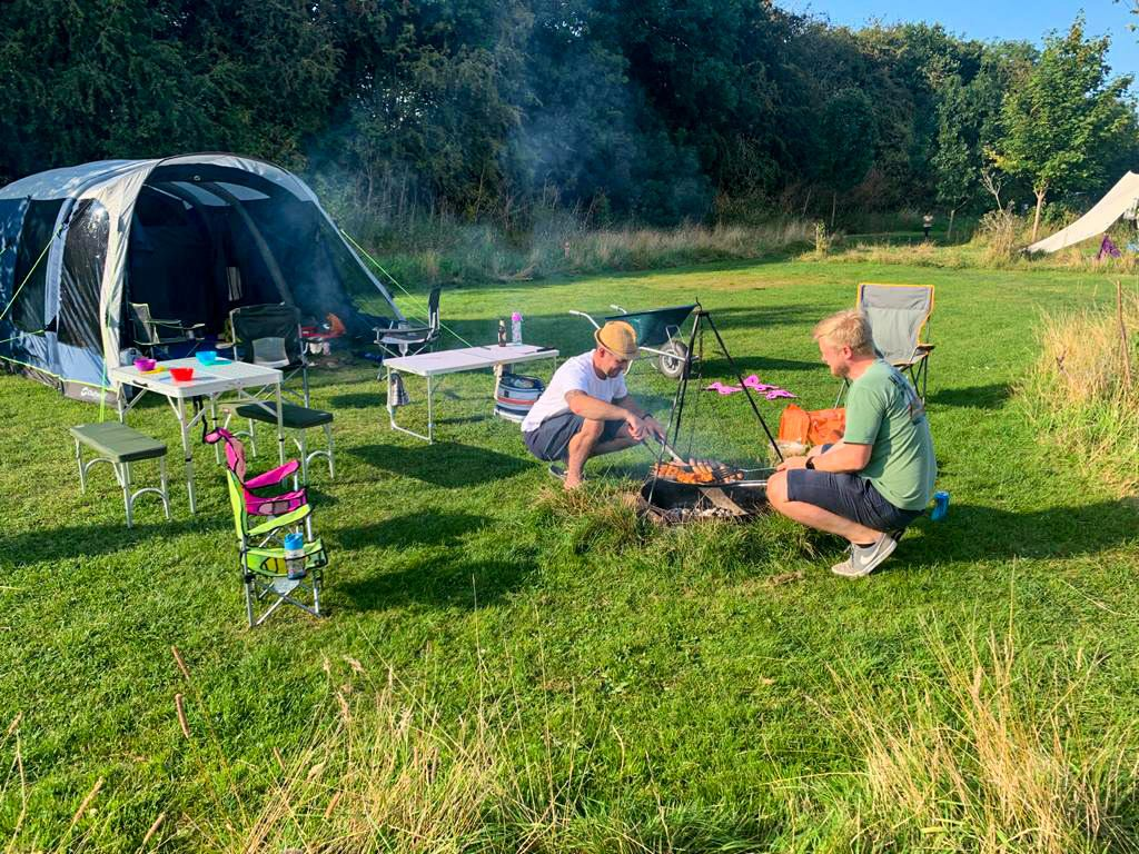 camping near york - camping field and tent