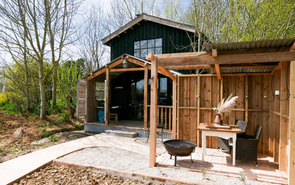 The Coop self-catering accommodation At Outbuildings - exterior