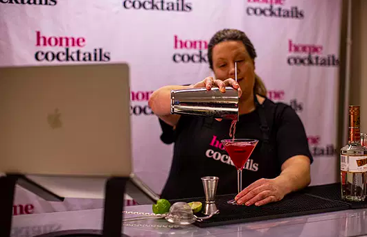 home cocktails hire a mixologist and virtual cocktail masterclasses