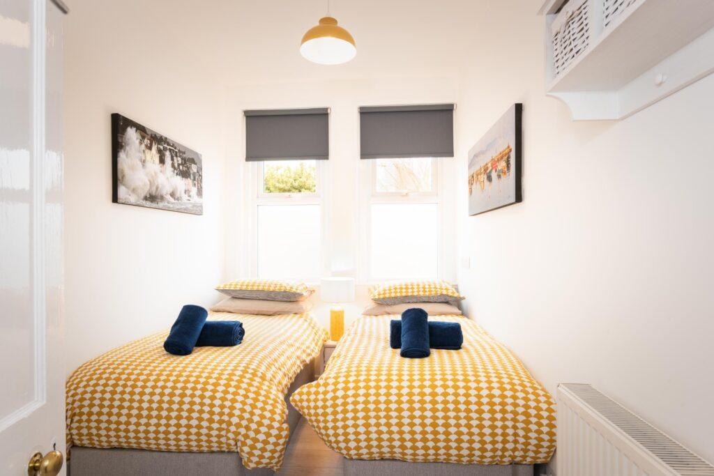 dog-friendly accommodation lyme regis twin room