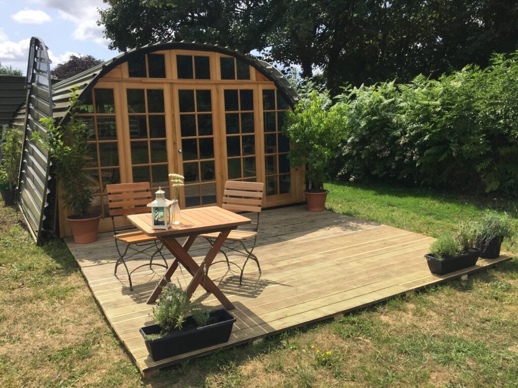 cadora-woods-glamping-forest of dean - hanger outside