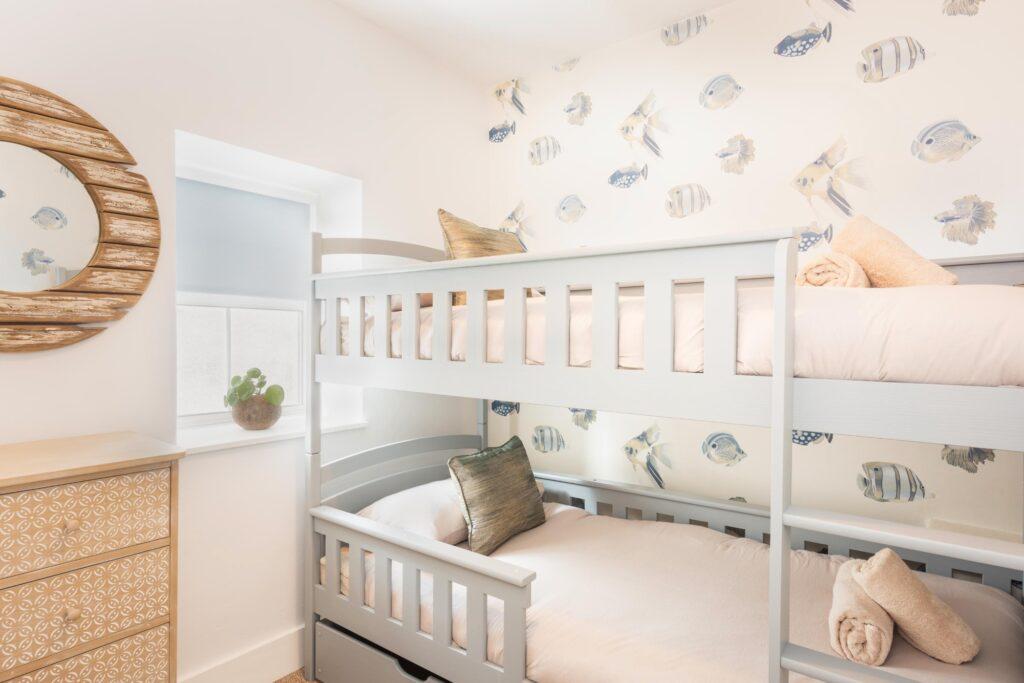dog-friendly-cottage-lyme-regis bunk beds