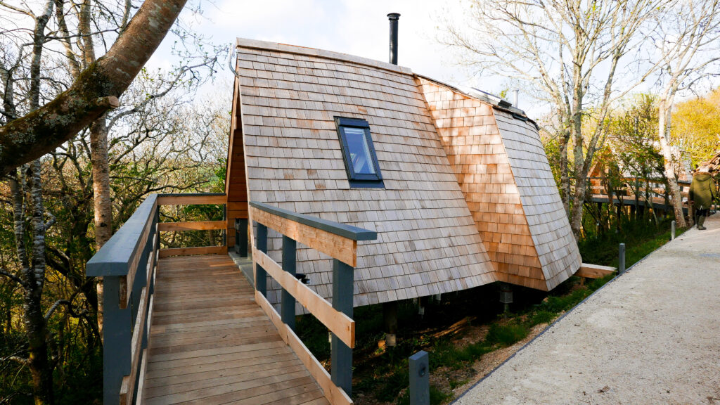 unique stays cornwall: kosel treehouse - exterior