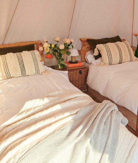 cornish-retreat-cabilla beds in bell tent
