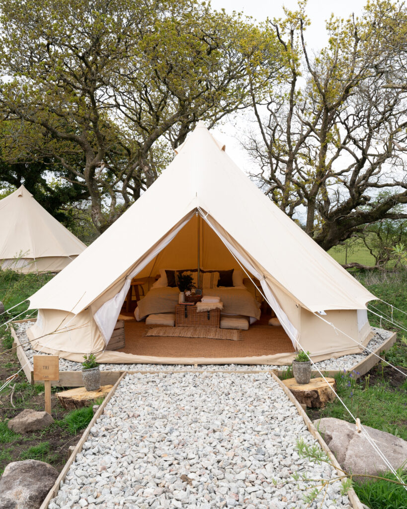 cornish-retreat-cabilla bell tent view