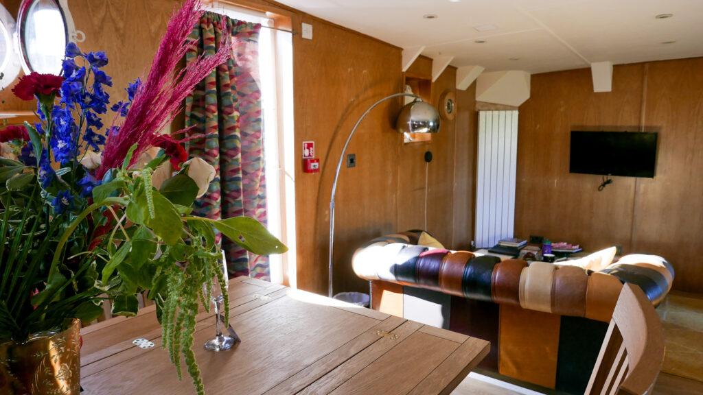 SULA-Lightship-Gloucester-Docks living space