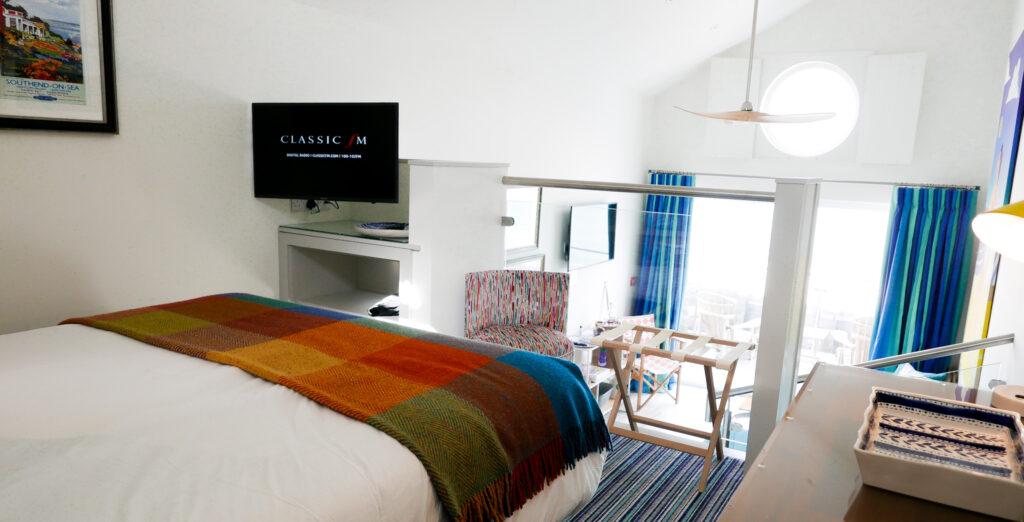 beachcroft-beach-huts: mezzanine bedroom