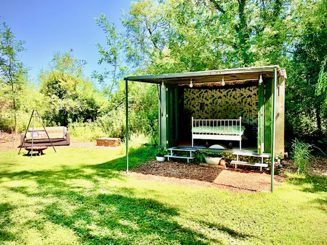 The Meadow Glamping in Hampshire - Mary's Place units