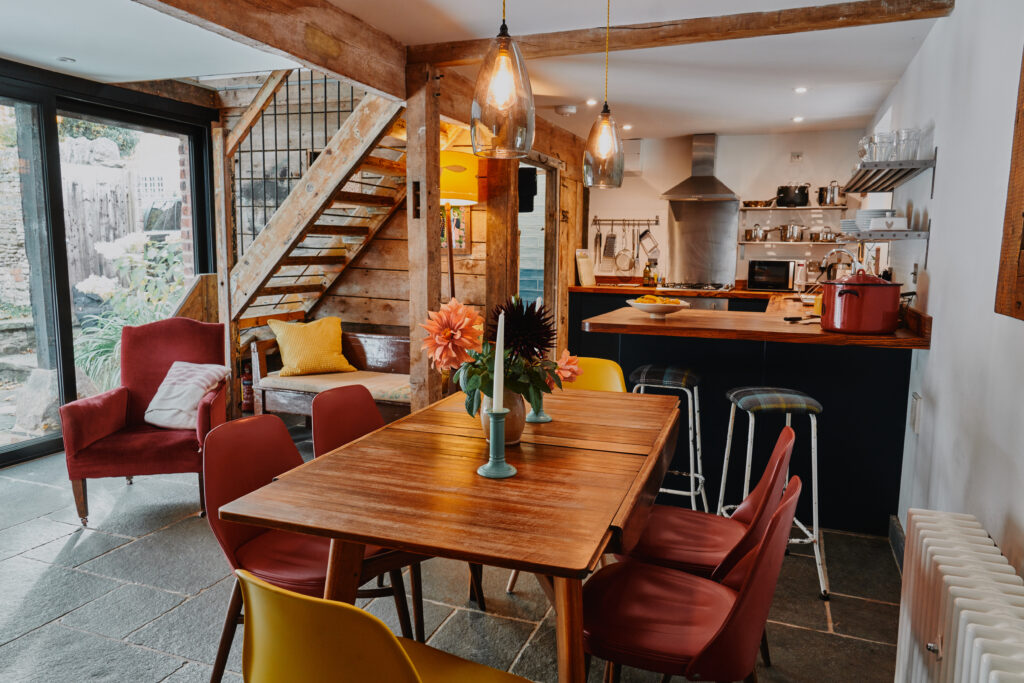 self-catering-ross-on-wye The Hayloft at Mad Dogs and Vintage Vans: kitchen/diner
