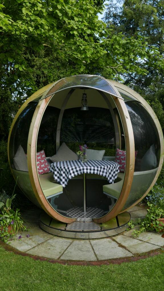 eastbury_hotel-sherborne garden dinoing pod