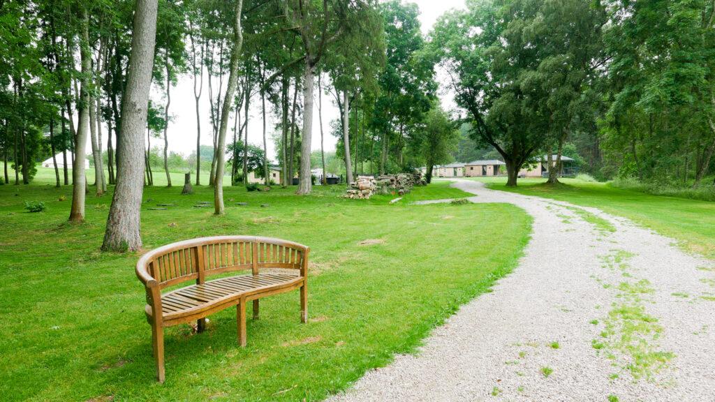 log cabins Shropshire - grounds