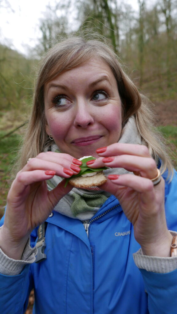 Rob Gould - The Cotswold Forager - eating wild food