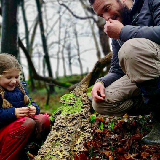 Rob Gould - The Cotswold Forager - Rob and child