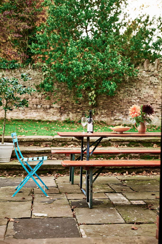 self-catering-ross-on-wye The Hayloft at Mad Dogs and Vintage Vans: garden