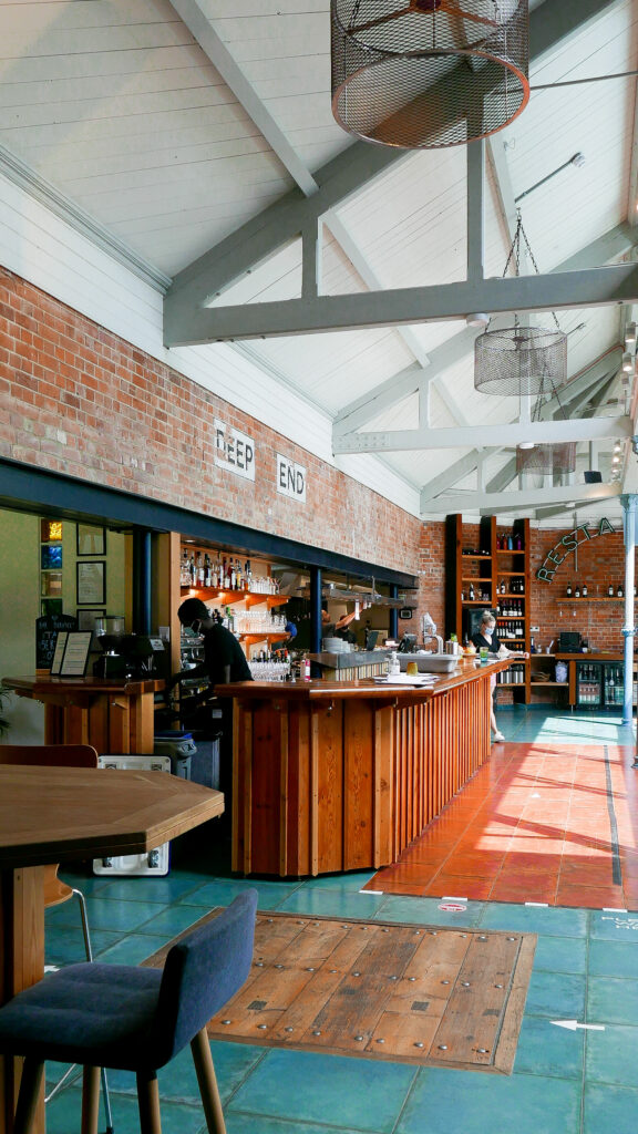 Thames Lido in Reading - bar