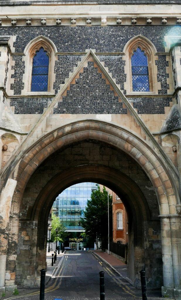Reading gatehouse