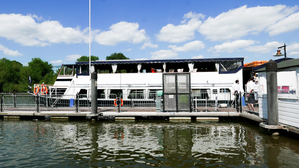 Cruise on the River Thames