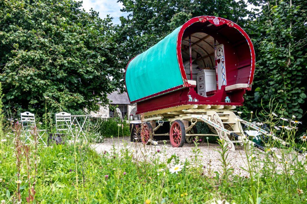 Glamping Peak District - gypsy caravan