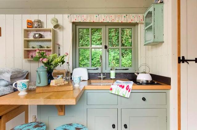Shepherds Huts Cornwall - The Emerald, hut kitchen