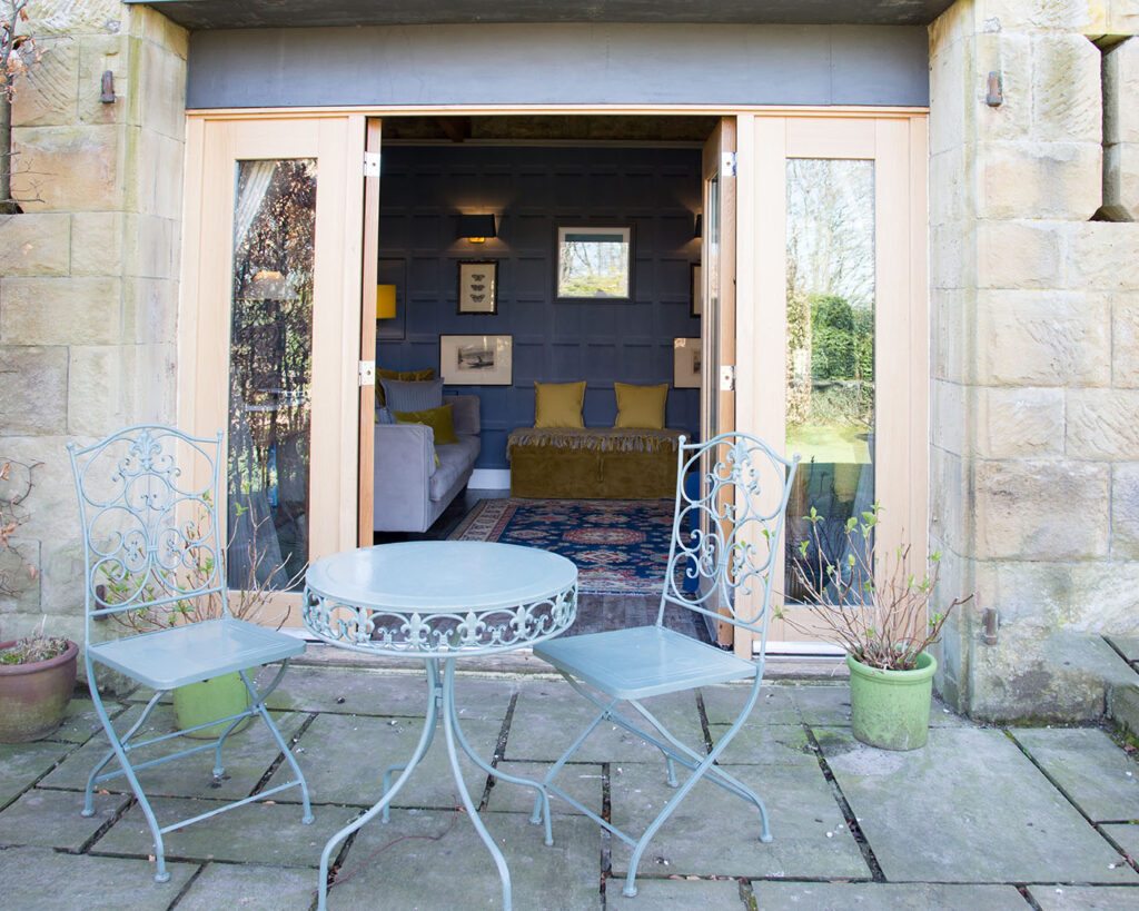 Thimble_cottage_through_the_patio_doors-1-1024x819
