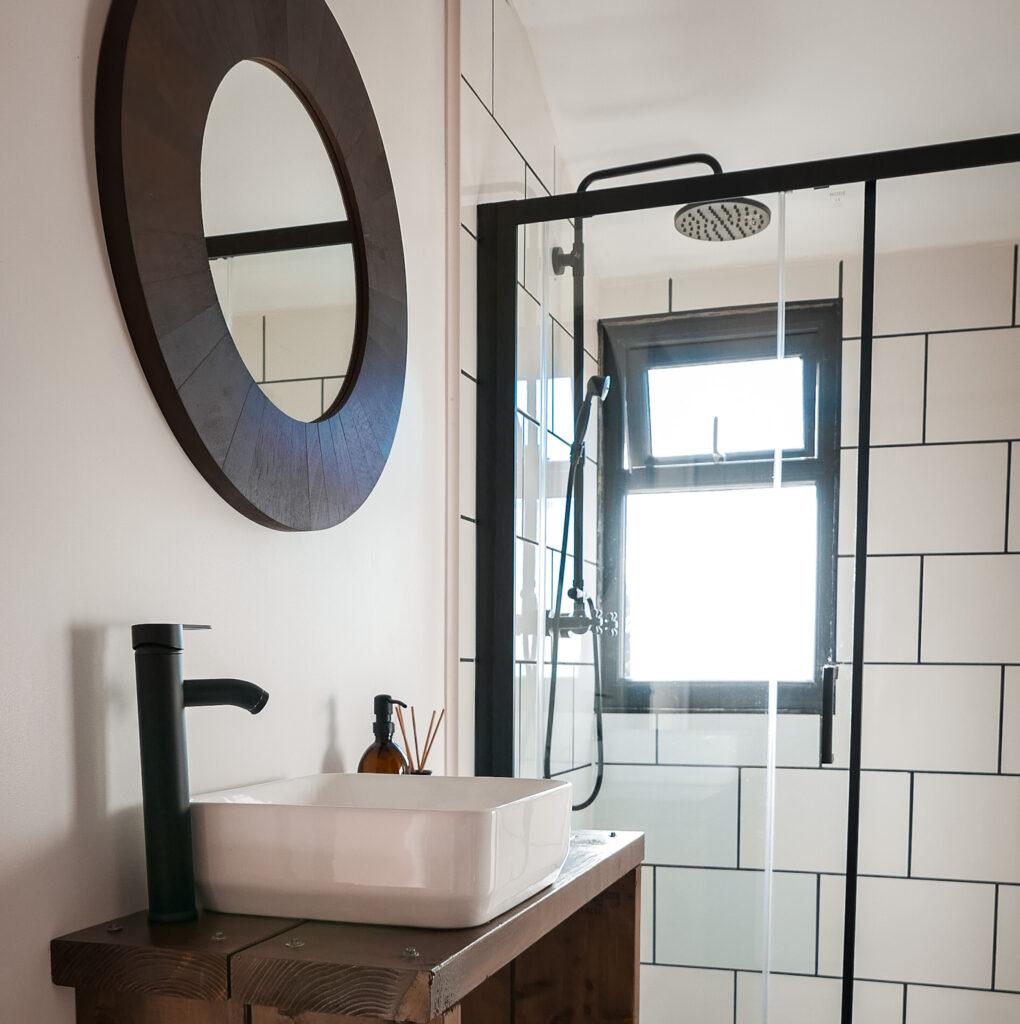 royal oak stargazing cabins devon shower room