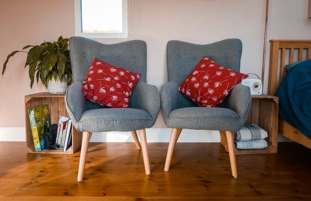 royal oak stargazing cabins devon chairs