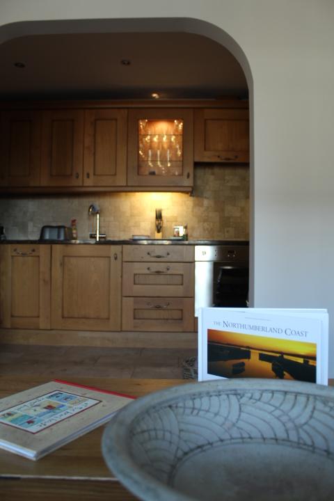 ebba neauk apartment - kitchen and lounge